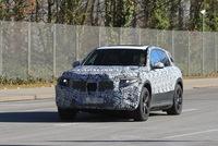 Mercedes-Benz EQ C: Có quá trễ để tham gia bữa tiệc SUV?