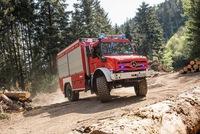 Mercedes-Benz Unimog: Xe cứu hỏa đẹp nhất, đúng chất nhất thế giới