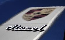 Sắp muốn mua Porsche máy dầu cũng không được