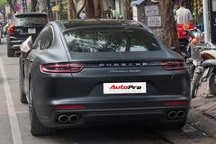 Porsche Panamera Turbo 2017 giá hơn 12 tỷ đầu tiên đổi màu tại Hà Nội