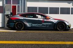 """Giải đua dành riêng cho Tesla - tiền đề của """"F1 xe điện"""""""