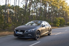 SkyActiv-X: Nỗ lực cứu động cơ đốt trong hay lời biện bạch chậm phát triển xe điện của Mazda?