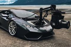 """Lamborghini """"Huracam"""" - Xe quay phim nhanh nhất thế giới"""