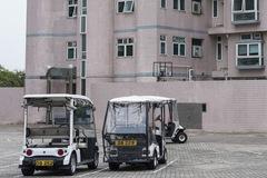 Xe ô tô Tesla hay Porsche cũng chẳng đắt bằng xe đánh golf chạy chậm như rùa của dân Hong Kong