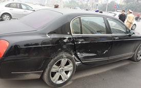 Hà Nội: Xe sang Bentley bị Ford Escape đâm ngang thân