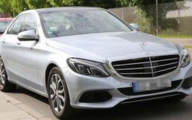 Mercedes-Benz C350 phiên bản 2,8 lít/100 km
