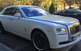 Cristiano Ronaldo tậu xe sang Rolls-Royce Ghost mới