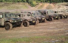 Quân đội Mỹ bán Humvee đã qua sử dụng với giá 10.000 USD mỗi chiếc