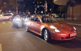 Xe thể thao Toyota Celica đeo biển giả đại náo Sài thành