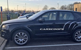 """SUV siêu sang Bentley Bentayga """"trần trụi"""" tại bãi đỗ xe"""