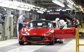Xe mui trần bán chạy nhất Mazda MX-5 2015 xuất xưởng