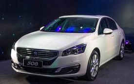 Xuất hiện đối thủ mới của Toyota Camry và C-class, giá 1,42 tỉ đồng