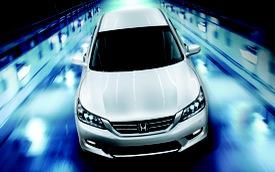 Honda Accord 2015 âm thầm ra mắt, giá không đổi