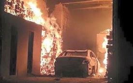 Hy hữu: Hyundai Sonata tại Quảng Ninh cháy rụi vì chủ xe đốt chuột