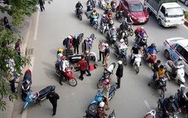 Hà Nội: Liên tục xảy ra 2 vụ gây tai nạn rồi bỏ chạy, nạn nhân đều là nữ