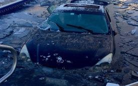 Trên đường đi học, nữ sinh 17 tuổi lái Lexus ES lao xuống bể bơi
