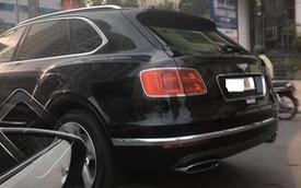 SUV siêu sang Bentley Bentayga đầu tiên mang biển ngoại giao tại Việt Nam