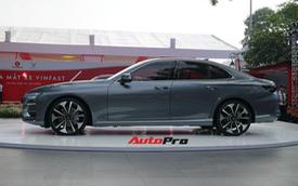 Giá từ 800 triệu, VinFast Lux A2.0 phả hơi nóng vào Toyota Camry, Mazda6 tại Việt Nam