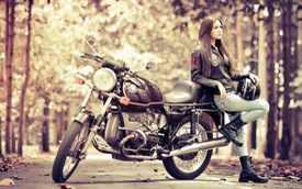 Nữ giới ít chơi mô tô nhưng đã chơi thì chịu chi hơn nam giới
