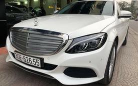 Mercedes-Benz C250 Exclusive cũ có giá ngang BMW 320i mới của Trường Hải