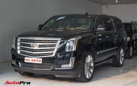 Cadillac Escalade ESV Platinum đi 8.000km bán lại được bao nhiêu?