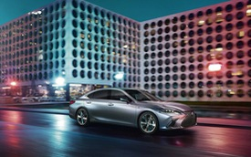 Ra mắt Lexus ES 2019 - Đối trọng mới của Mercedes-Benz E-Class