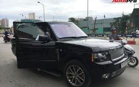 Nam thanh, nữ tú đi thi bằng xe sang tiền tỷ ở Hà Nội
