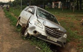 Chở con đi thi THPT quốc gia, mẹ bị ô tô tông nguy kịch