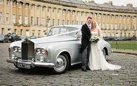 Hoàng gia Anh rao bán bộ sưu tập xe Rolls-Royce đắt giá