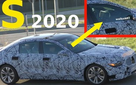 Mercedes-Benz S-Class 2020 lộ diện: Màn hình giải trí khổng lồ, tay nắm cửa biến mất?