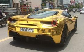 """Siêu xe Ferrari 488 GTB """"dát vàng"""" theo phong cách Dubai tại Sài Gòn"""