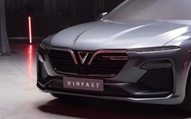 Xe VinFast giá tiền tỷ: Lợi thế nào cạnh tranh các ông lớn tại Việt Nam?