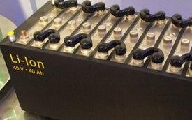 Xe máy điện VinFast sử dụng công nghệ pin Lithium-ion như xe Tesla và smartphone