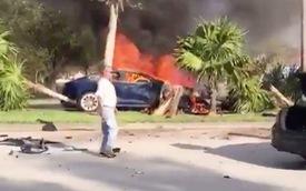 Người dân bất lực nhìn tài xế chết cháy vì không mở được cửa xe