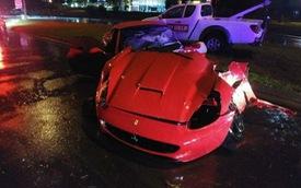 Siêu xe Ferrari California bị xẻ làm đôi sau tai nạn kinh hoàng