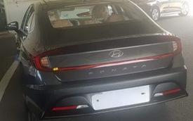 Hyundai Sonata đời mới lộ thêm ảnh nóng, khoe trọn đầu đuôi và cả cabin