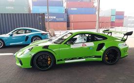 Đại gia Việt chơi trội, thêm chiếc Porsche 911 GT3 RS màu hiếm giá 14 tỷ đồng cập cảng