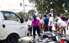 Nghệ An: Xe tải tông hàng loạt xe máy đang đứng chờ đèn đỏ