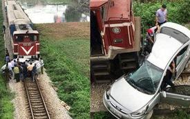 """Hiện trường vụ ô tô bị tàu hỏa đâm ngang, nát bét, nguyên nhân cũng vì """"cố nhanh vài phút"""""""