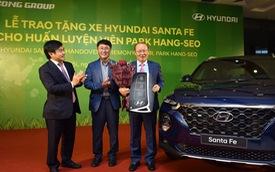 Hyundai Thành Công tặng Santa Fe 2019 cho ông Park Hang-seo