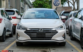 Cận cảnh Hyundai Elantra 2019 giá từ 580 triệu đồng đã về đại lý, phả hơi nóng lên Kia Cerato