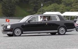 Clip: Chưa có Toyota Century mui trần, tân Nhật Hoàng phải sử dụng tạm bản thường