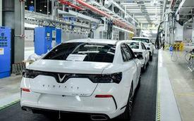 Nhà máy 3 tỷ USD lơ thơ mấy người: Hàng ngàn robot lắp ráp ô tô tự động