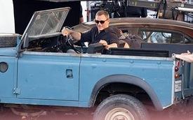 Điệp viên 007 không dùng Aston Martin, lái Land Rover nhưng không hào nhoáng như nhiều người tưởng