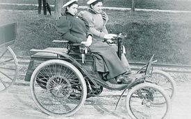 """Khám phá Benz Velocipede - Xe 4 bánh đầu tiên được sản xuất hàng loạt, """"quý tộc"""" của làng ô tô tròn 125 về trước"""