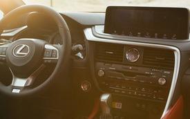 Trải nghiệm nhanh nội thất Lexus RX 2020: Cách thoát vị trí đội sổ của người Nhật