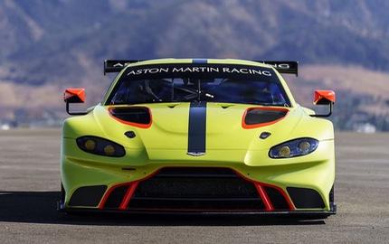 Vừa ra mắt, Aston Martin Vantage 2019 đã có phiên bản đua chuyên nghiệp GTE