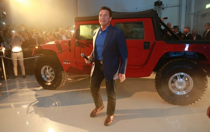 """Hummer H1 của """"kẻ hủy diệt"""" Arnold Schwarzenegger được biến thành SUV điện"""