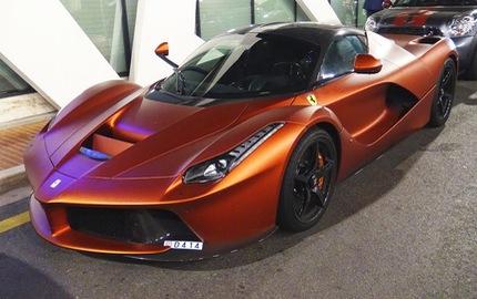 """Ferrari LaFerrari màu đồng nhám """"thửa riêng"""" gây náo loạn tại thiên đường siêu xe"""