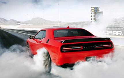 """Hai cụ ông hơn 70 tuổi tử vong khi lái thử """"xe cơ bắp"""" Dodge Challenger SRT Hellcat"""